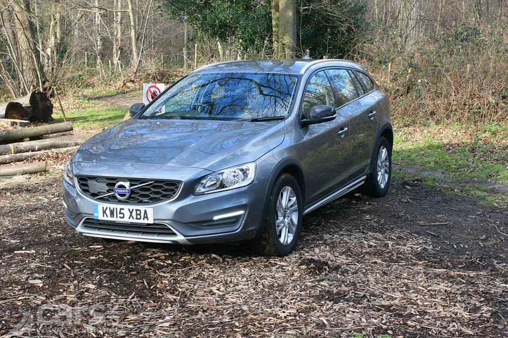 Photo 2016 Volvo V60 Cross Country D3 SE Nav