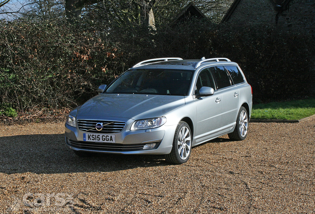 volvo v70 d4 se lux review 2016 cars uk. Black Bedroom Furniture Sets. Home Design Ideas