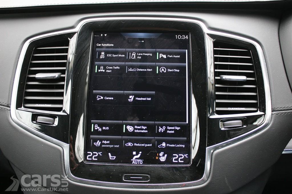 Photo 2016 Volvo XC90 Sensus Infotainment tablet