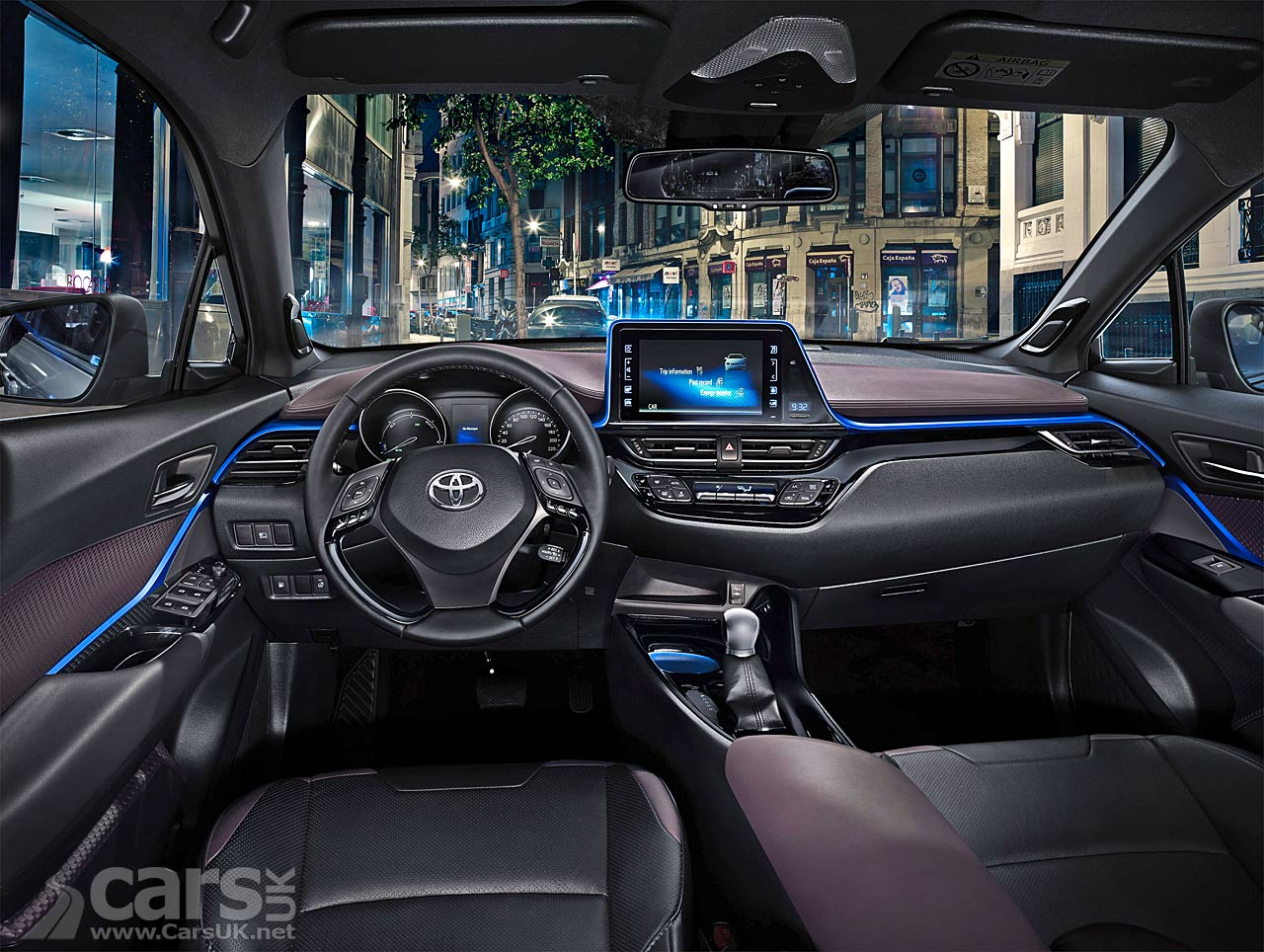 toyota c hr toyota 39 s funky new c hr compact suv finally gets an interior cars uk. Black Bedroom Furniture Sets. Home Design Ideas