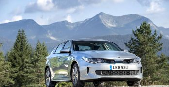 Kia Optima PHEV Plug-in Hybrid launches in the UK priced from £33,995