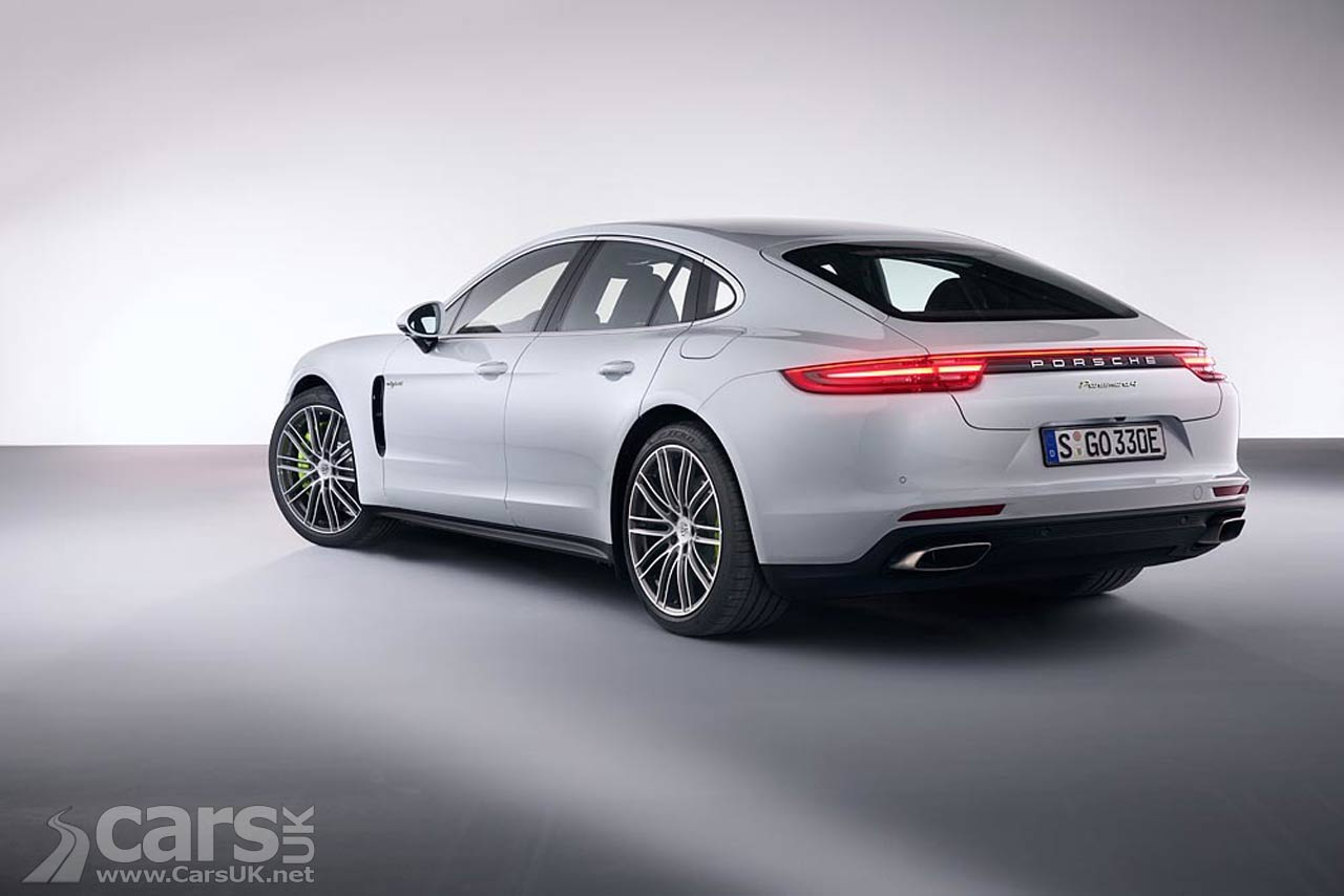 porsche panamera 4 e hybrid launches with 456bhp and a 79 715 price tag cars uk. Black Bedroom Furniture Sets. Home Design Ideas