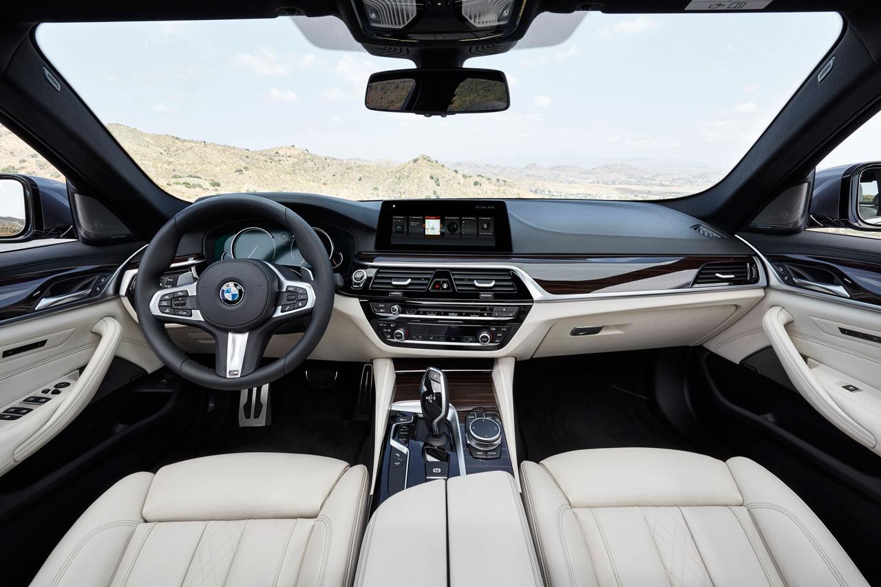 Photo 2017 BMW 5-Series Interior