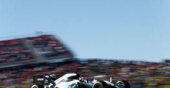 US Grand Prix: Hamilton keeps his hopes alive with POLE ahead of Rosberg