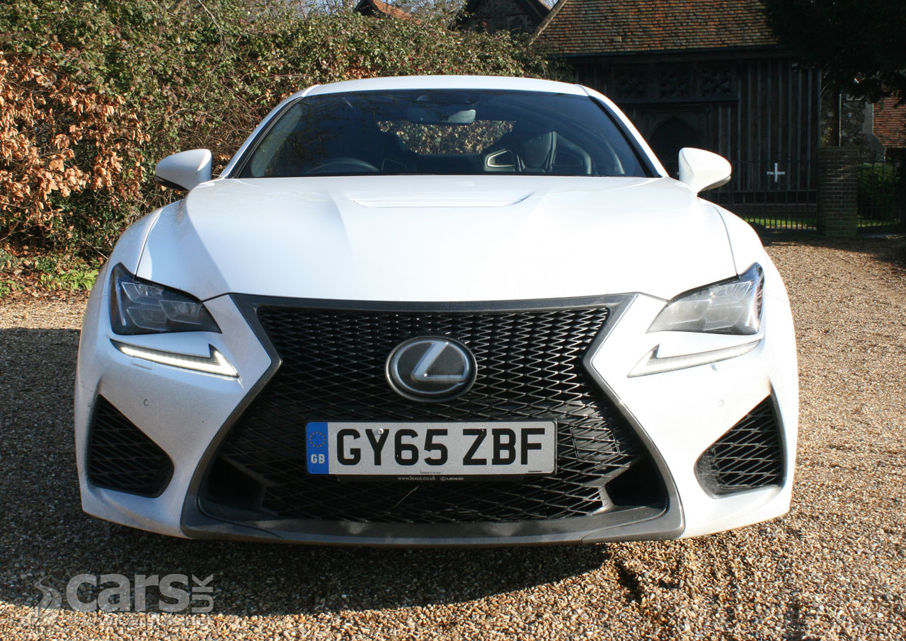 Photo Lexus RC F Coupe Review (2017) Driving