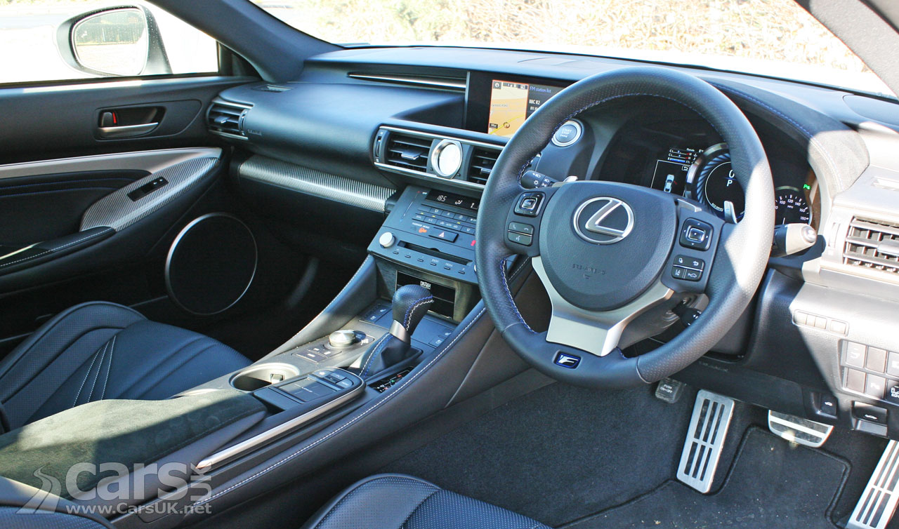 Photo Lexus RC F Coupe Review (2017) Interior