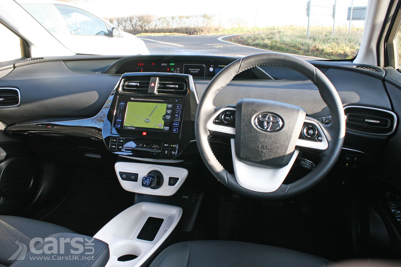 Photo 2017 Toyota Prius Interior