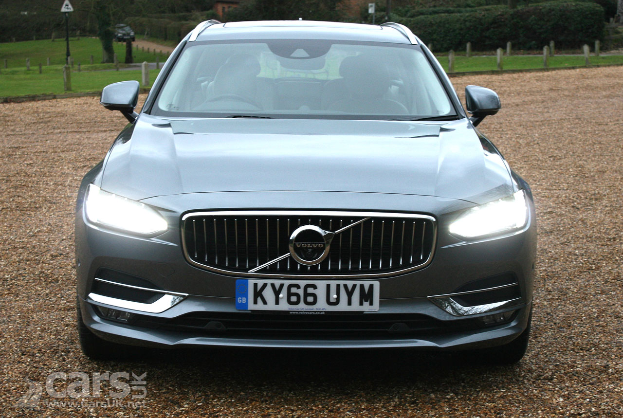 Photo 2017 Volvo V90 D5 PowerPulse AWD Inscription Front