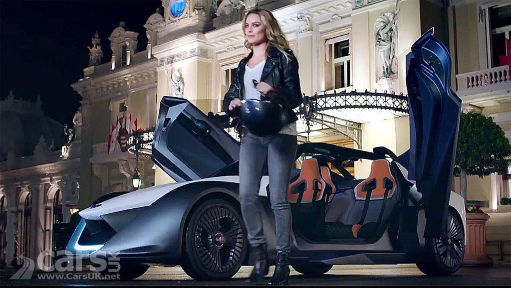 Photo Margot Robbie and Nissan BladeGlider EV in Monaco