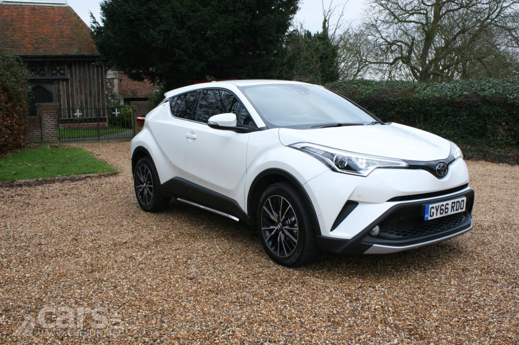 Photo Toyota C-HR 1.2T Excel Review (2017)