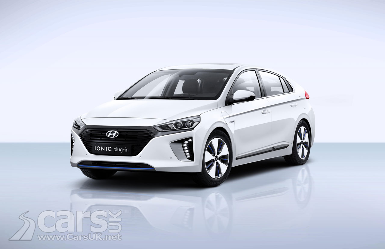 hyundai ioniq plug in hybrid phev completes the ioniq range in geneva cars uk. Black Bedroom Furniture Sets. Home Design Ideas