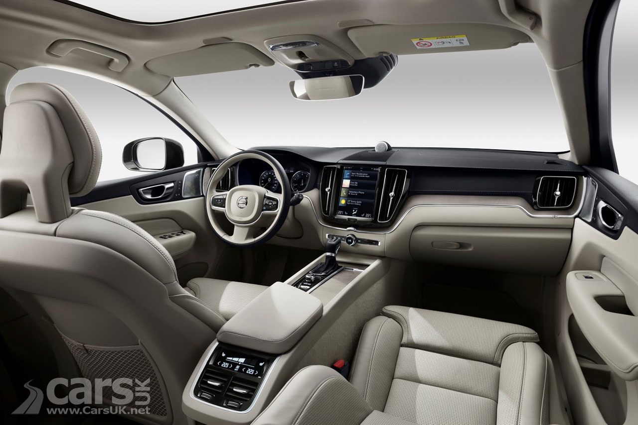 New volvo xc60 officially revealed as volvo renew their for Volvo xc60 interieur