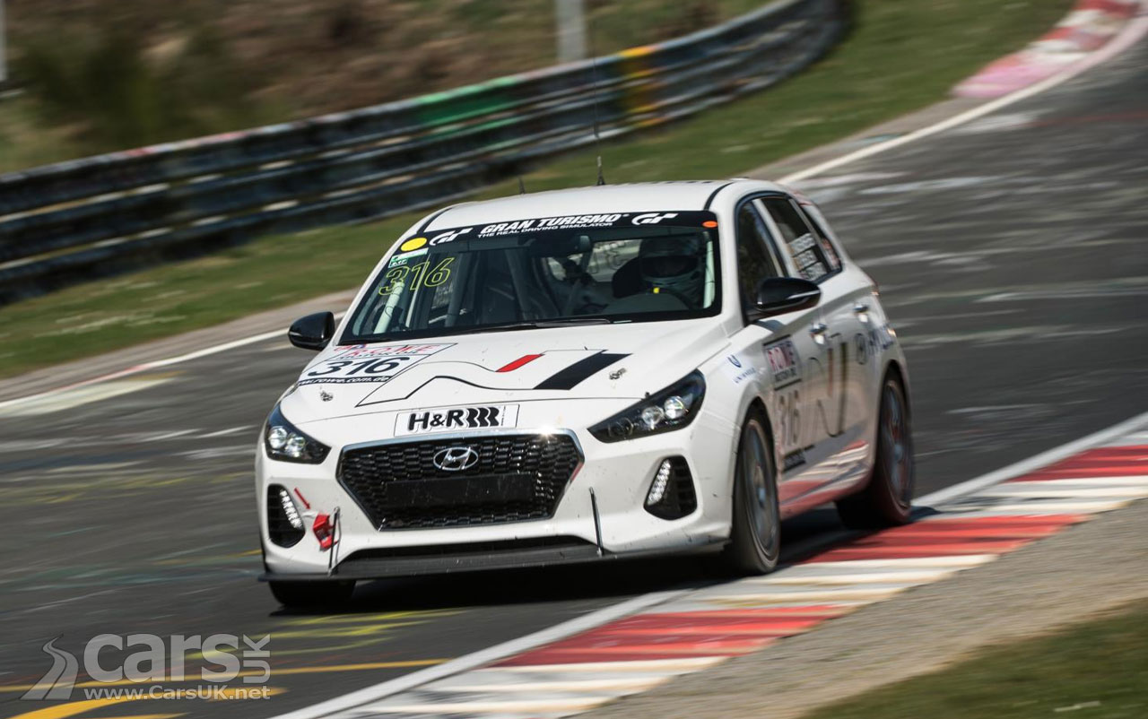new hyundai i30 n hyundai 39 s first high performance 39 n 39 car at 24 hour nurburgring cars uk. Black Bedroom Furniture Sets. Home Design Ideas