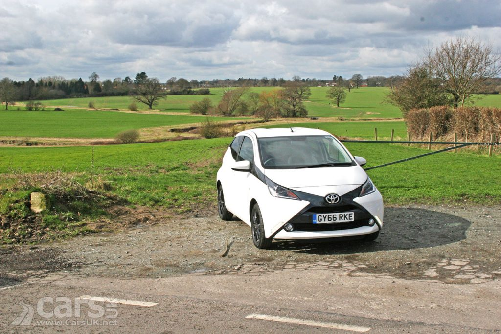 Photo 2017 Toyota Aygo X-Style Review