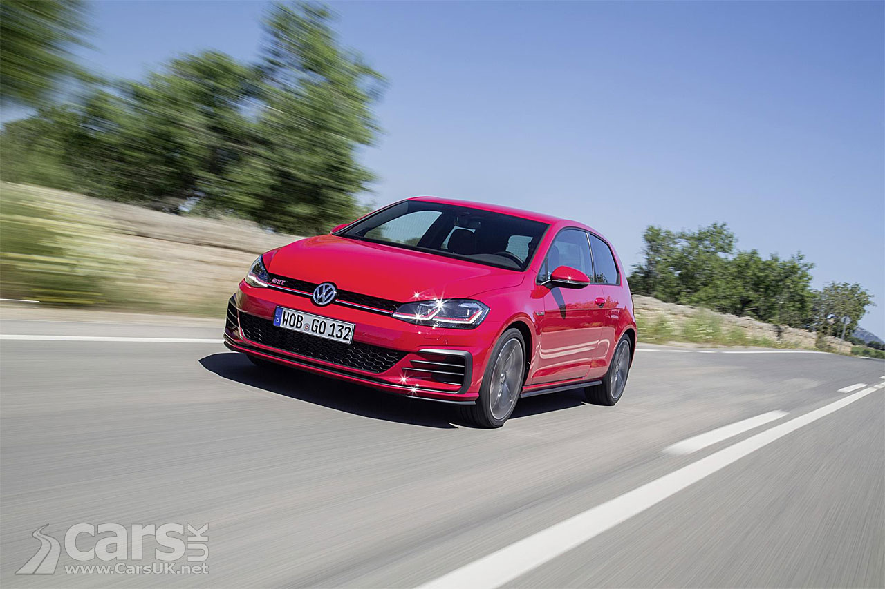 new volkswagen golf gti performance arrives in the uk with 242bhp priced from 29 280 cars uk. Black Bedroom Furniture Sets. Home Design Ideas