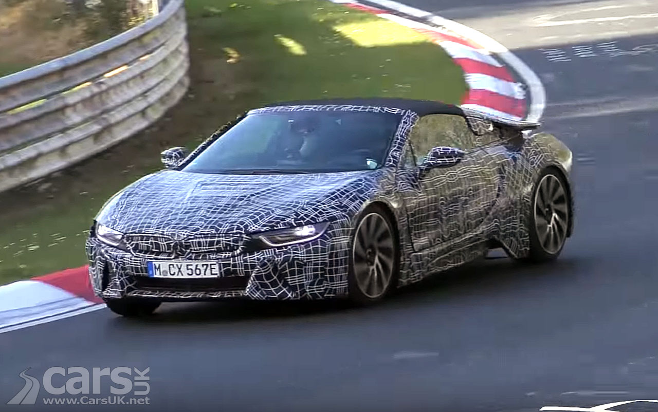 Photo BMW i8 Spyder playing at the Nurburgring