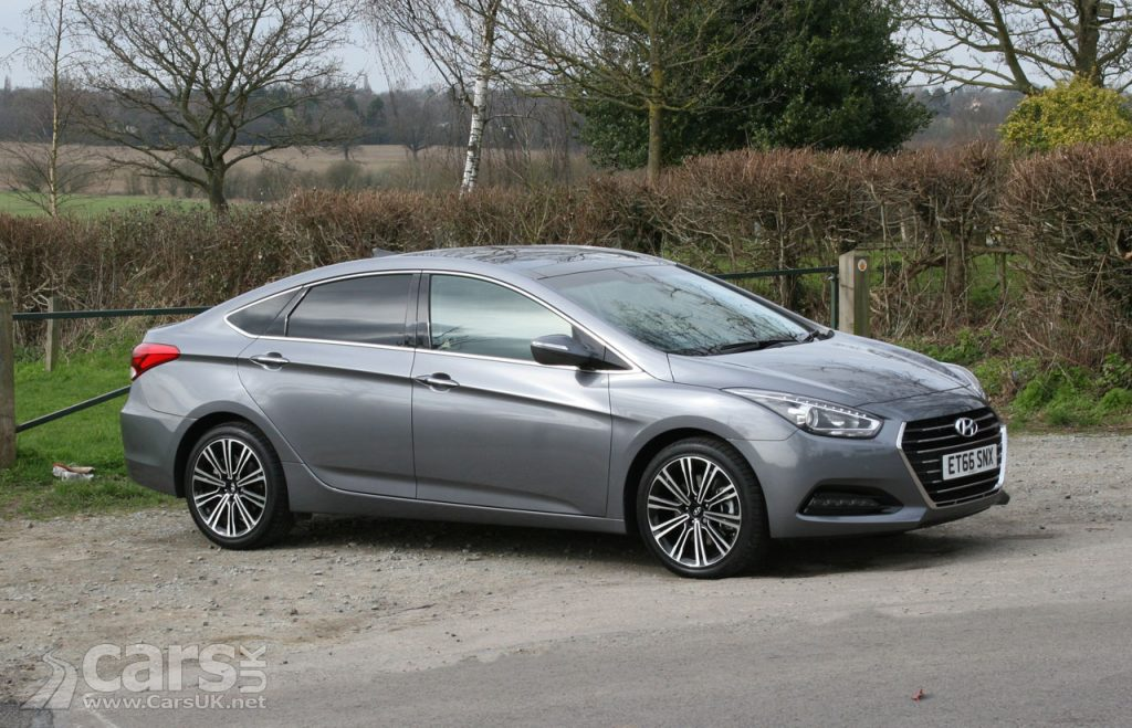 Photo Hyundai i40 Premium Review (2017)