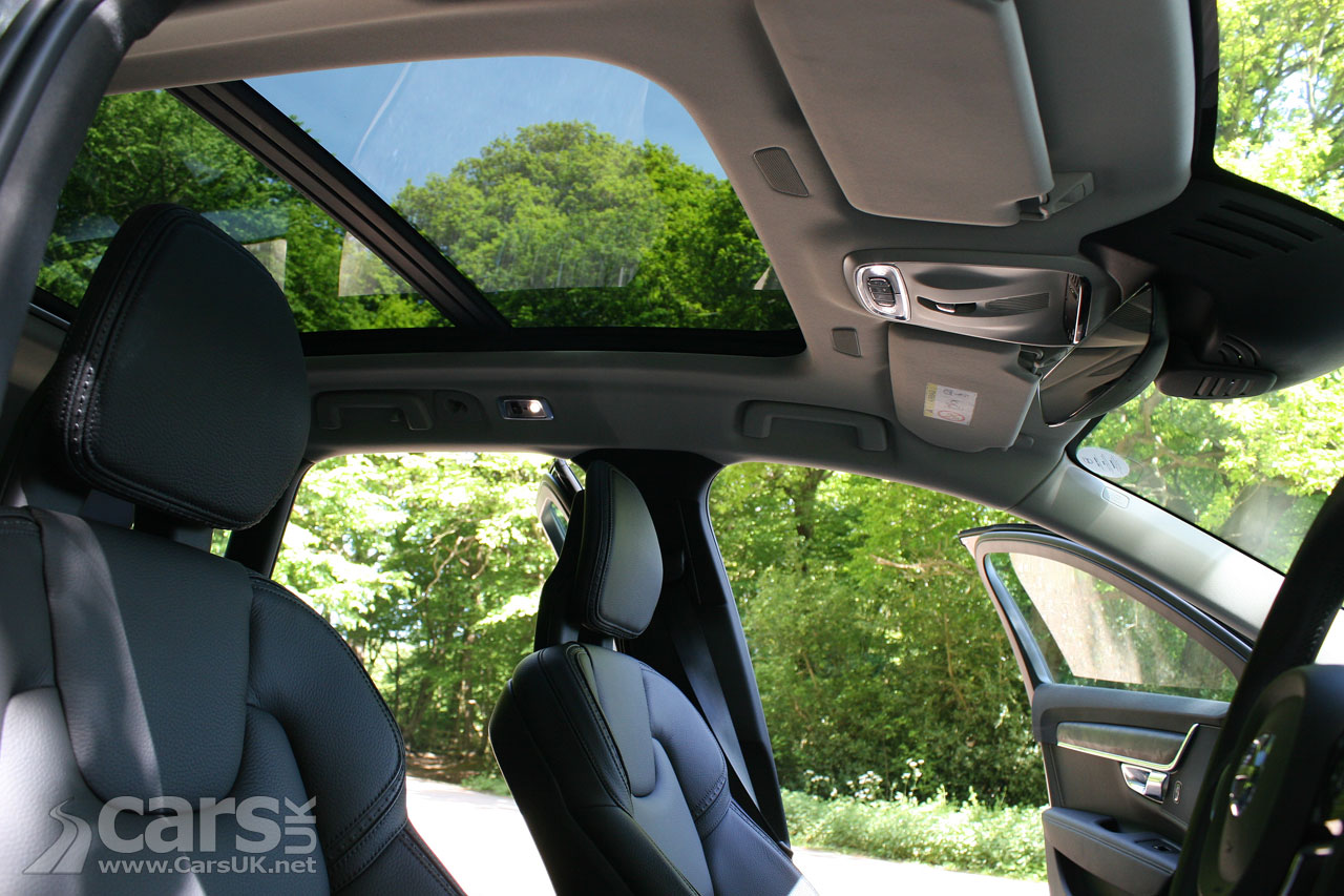 Photo V90 D4 Cross Country Panoramic Roof