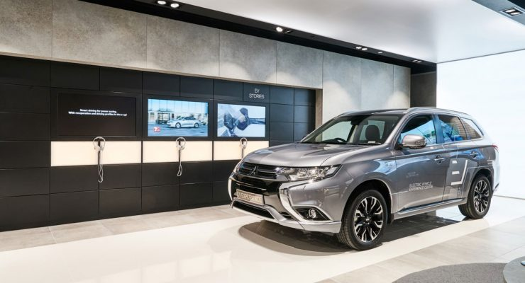 Mitsubishi partners in the FIRST Electric EV multi-make Showroom in the UK