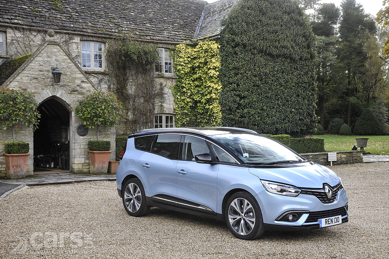 renault scenic and grand scenic dci 110 hybrid assist models arrive in the uk cars uk. Black Bedroom Furniture Sets. Home Design Ideas