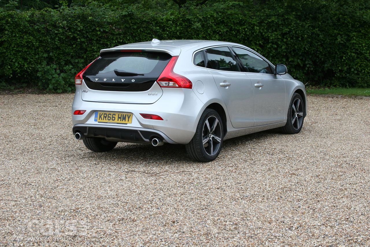 2017 Volvo V40 D3 R-Design Nav Plus on the road and performance