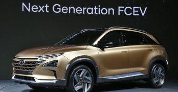 Hyundai REVEAL next generation Hydrogen FCEV – Kona SUV EV arrives in 2018 with 240 mile range