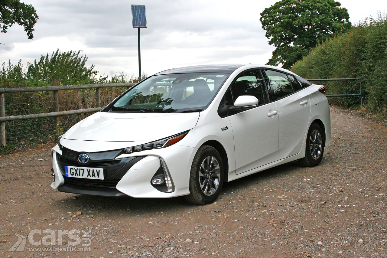 2017 Toyota Prius Plug-in Business Edition Plus Review ...