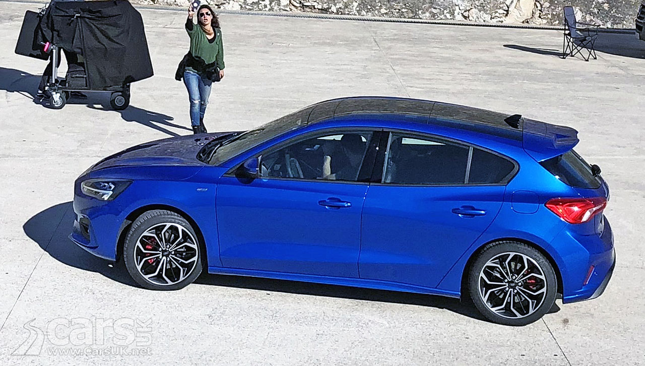 new 2018 ford focus spotted undisguised on film location cars uk. Black Bedroom Furniture Sets. Home Design Ideas