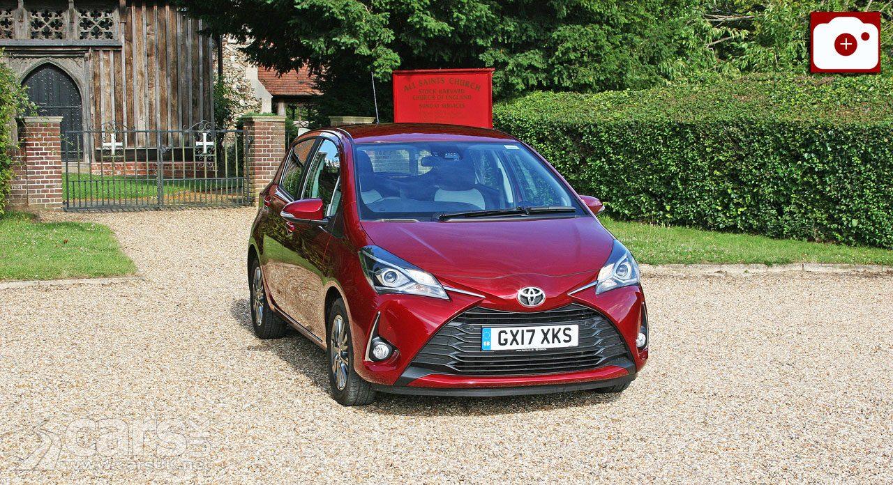 Toyota Yaris 1.5 Icon Tech Review (2017)