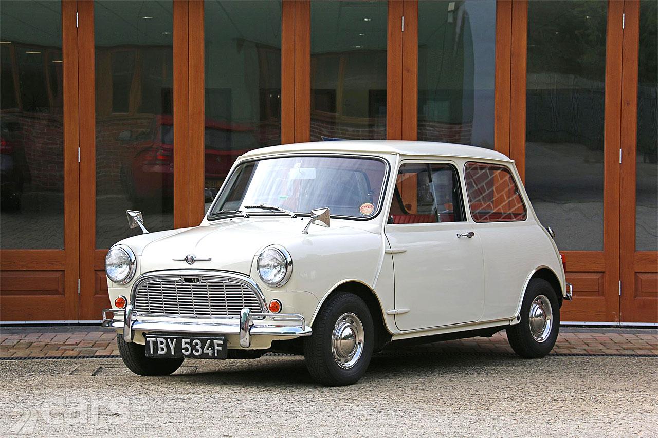 Photo 'New' 1968 Mk1 Morris Minor-Mini Super De Luxe