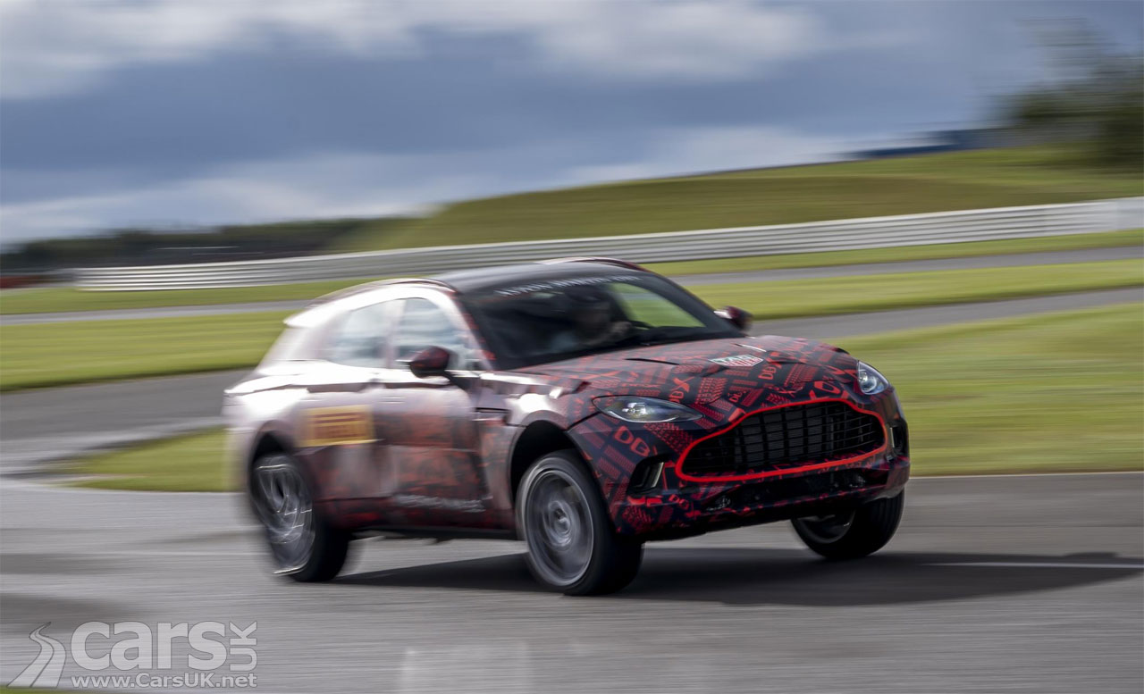 Photo Aston Martin DBX 4.0 litre V8