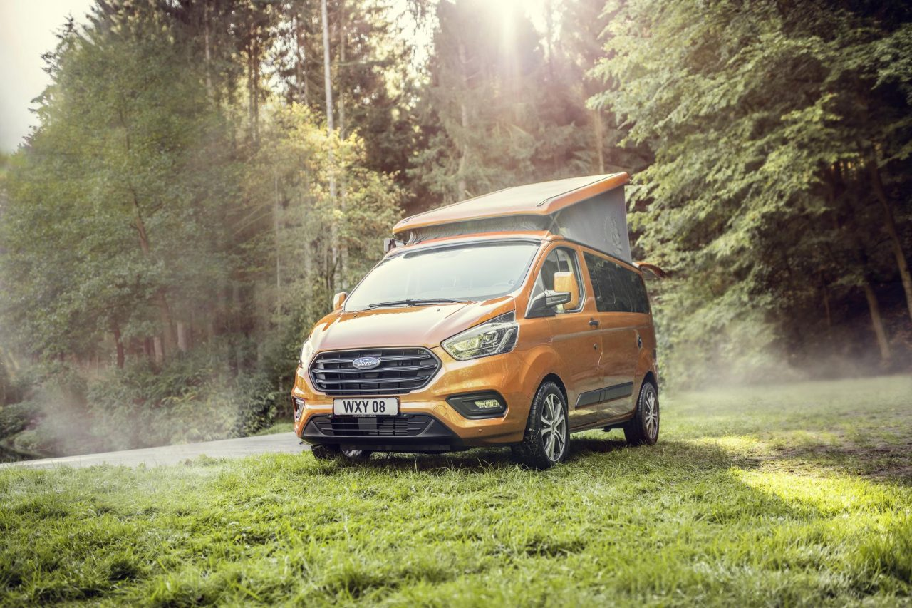 Photo Ford Transit Custom Nugget Camper Van