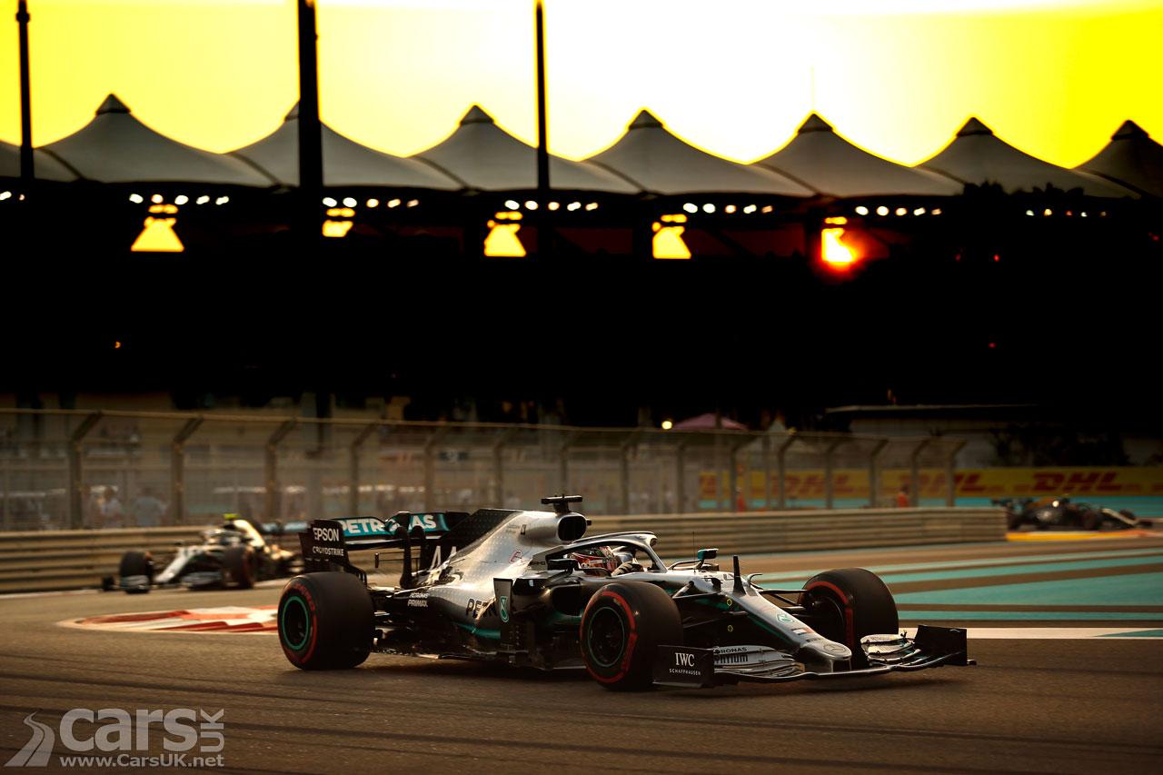 Photo Lewis Hamilton taking POLE at Abu Dhabi Grand Pix
