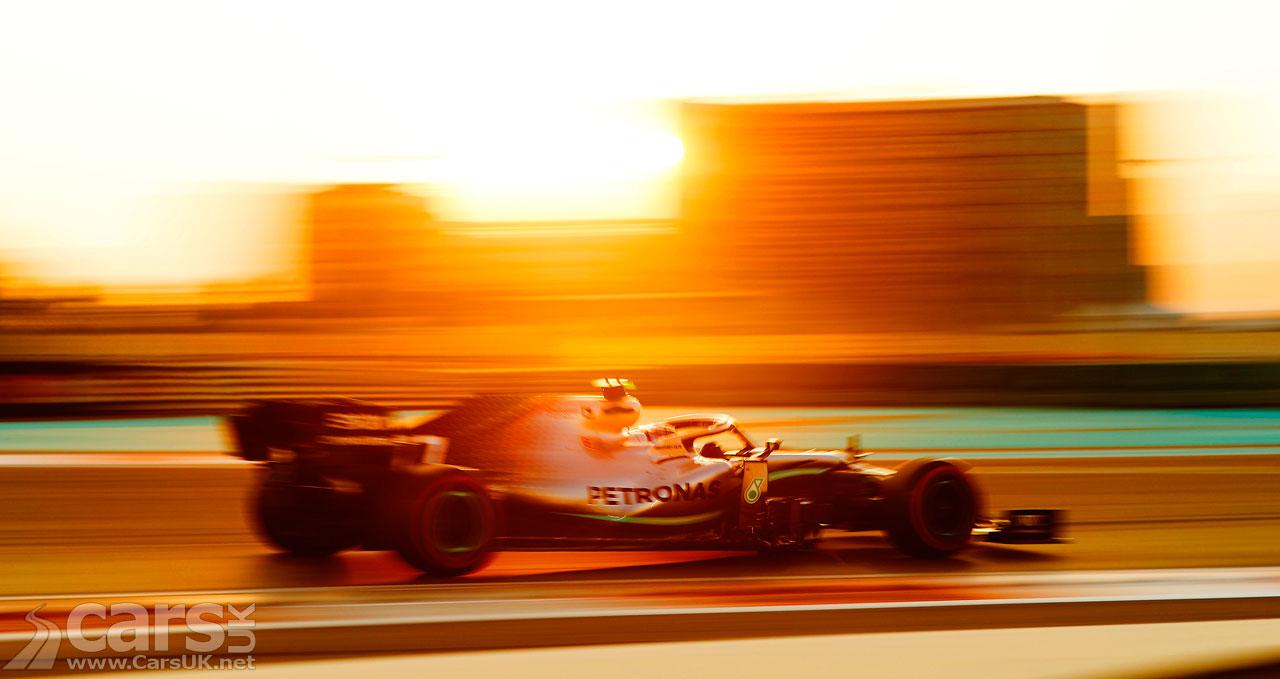 Photo Lewis Hamilton WINS the final F1 Grand Prix of 2019 in Abu Dhabi