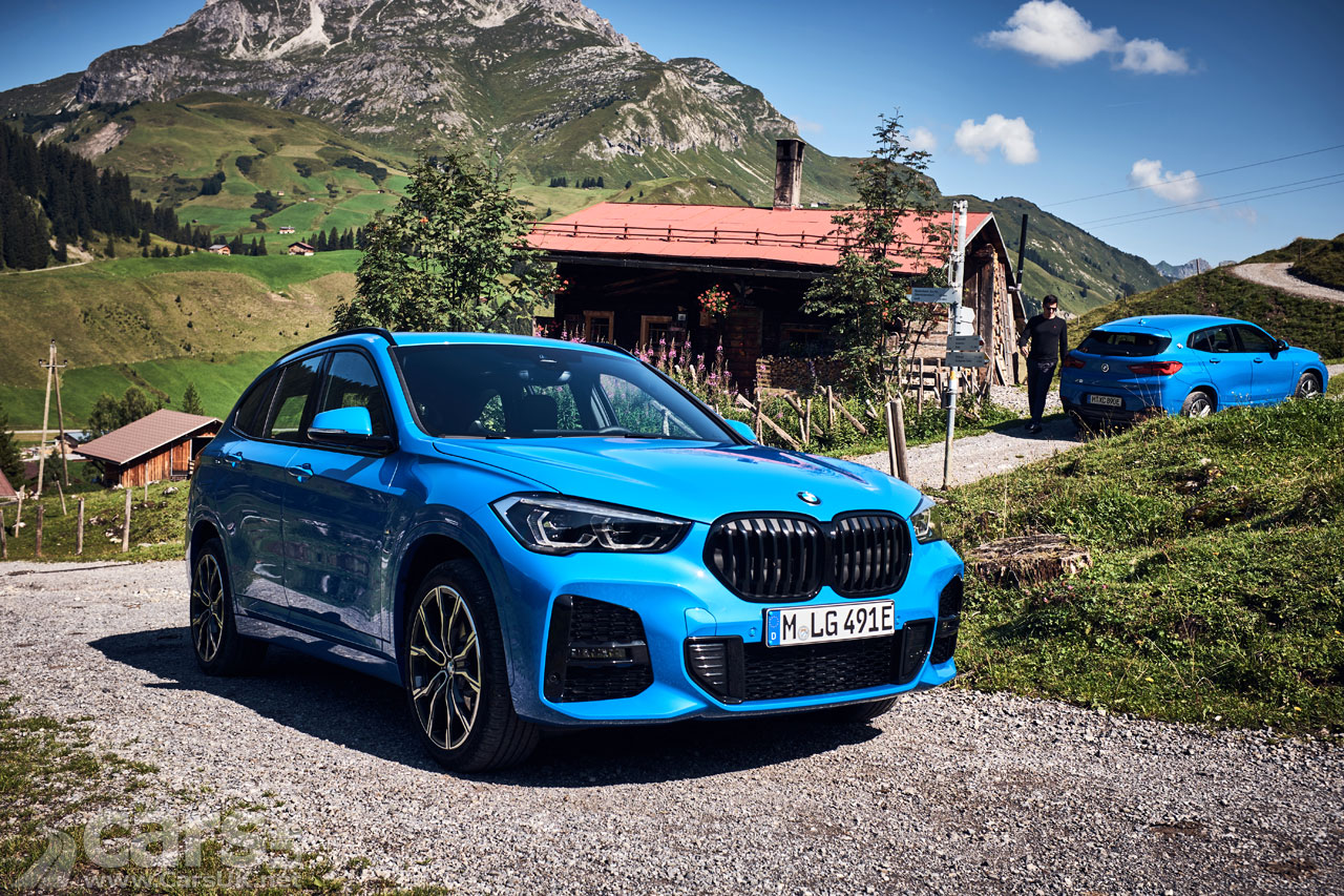 Photo fo The new BMW X1 xDrive25e and the BMW X2 xDrive25e