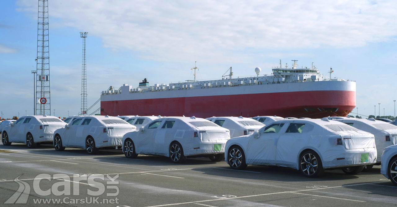 Photo First European Polestar 2 customer cars arrive in Zeebrugge