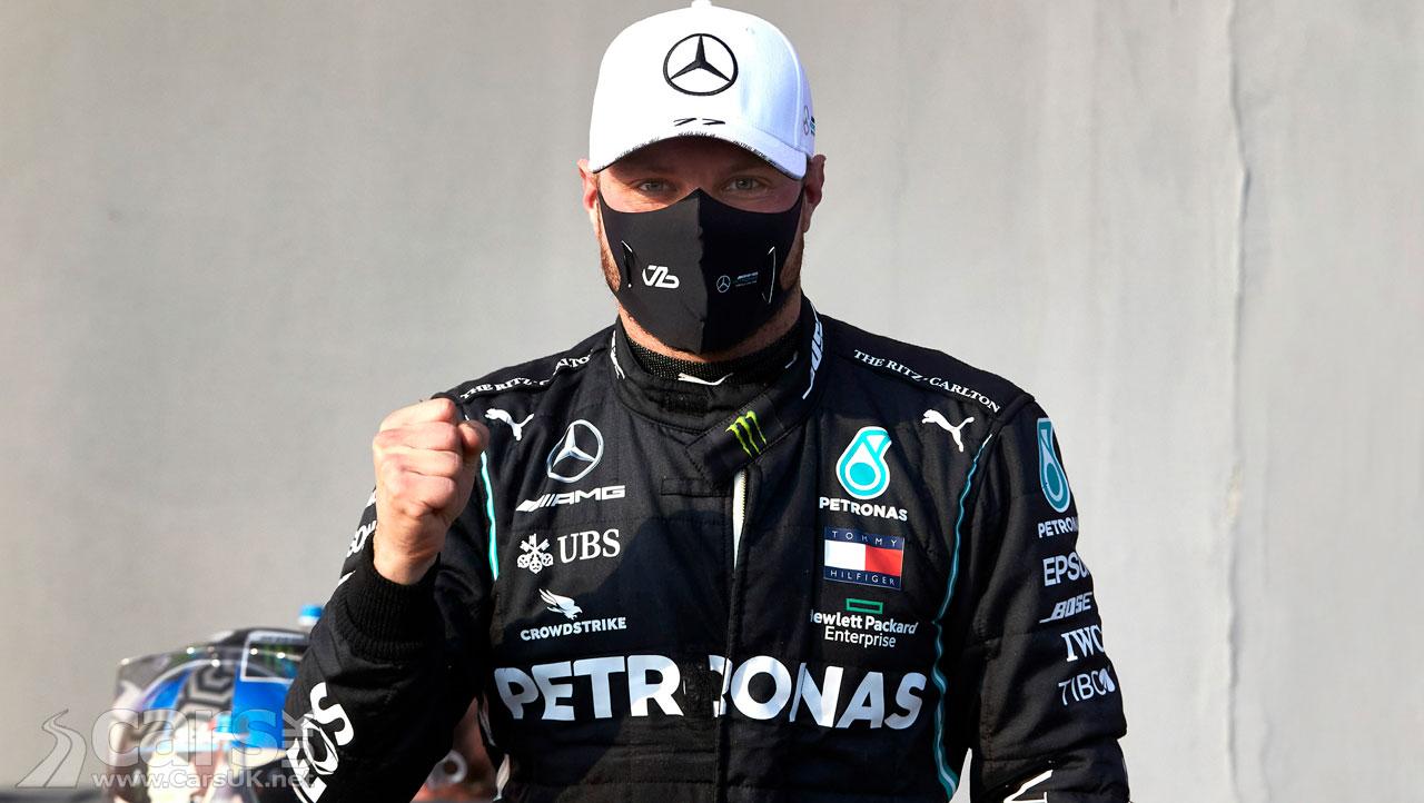 Photo Valtteri Bottas celebrates pole position for the Emilia Romagna Grand Prix at Imola