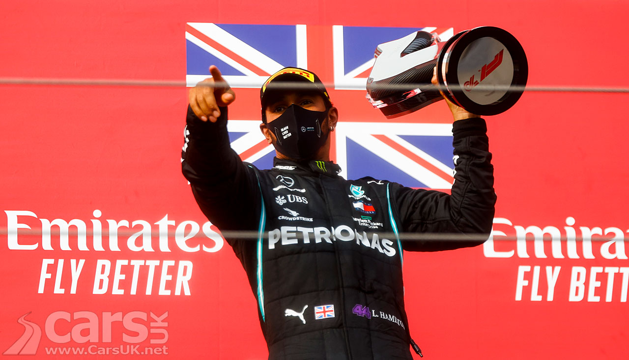 Photo Lewis Hamilton celebrates Emilia Romagna Grand Prix win