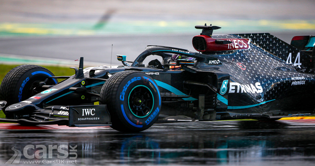 Photo Lewis Hamilton WINS Turkish Grand Prix - and a seventh world title