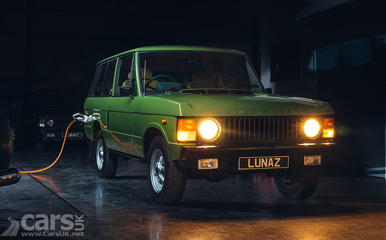 Photo Electric Range Rover Classic by Lunaz
