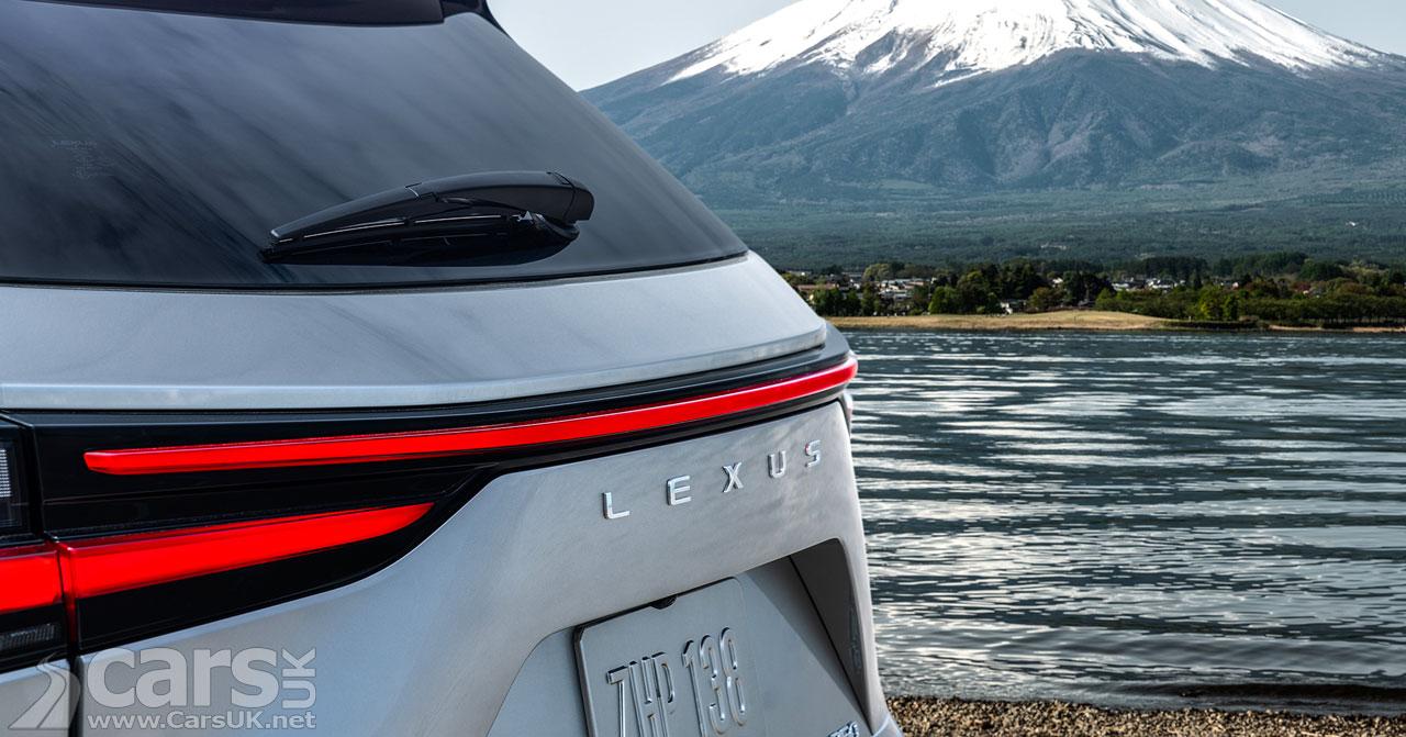 Photo New Lexus NX Tease