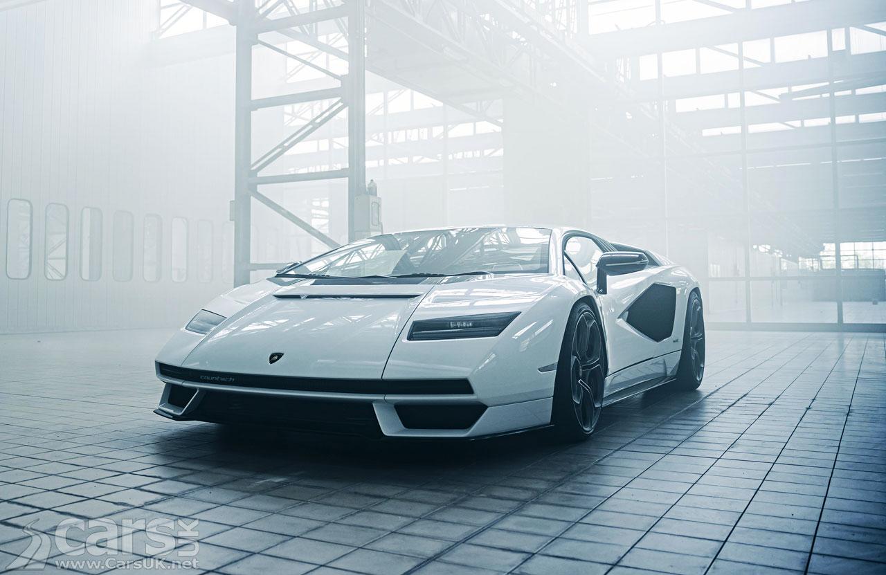 Photo Lamborghini Countach LPI 800-4