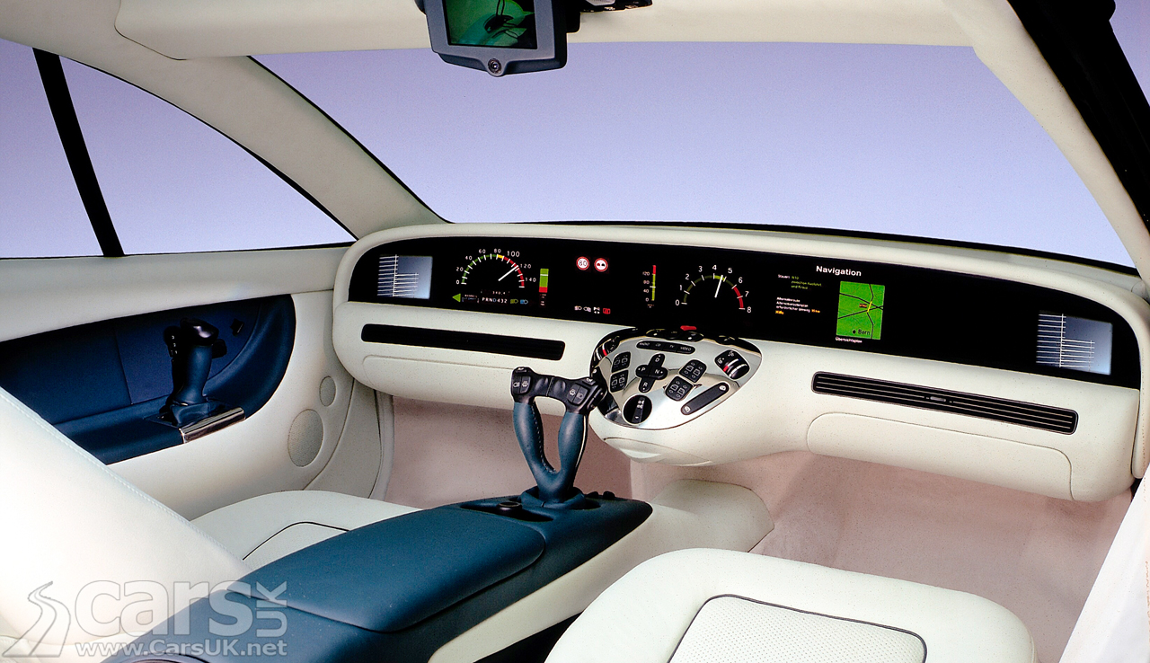 Mercedes' 1996 F 200 Imagination complete with 'Hyperscreen'